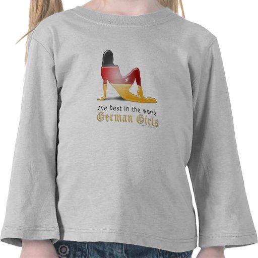 Bandera alemana de la silueta del chica camisetas