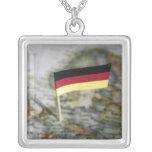 Bandera alemana en mapa grimpola