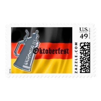 Bandera alemana Oktoberfest de Stein de la cerveza Timbre Postal