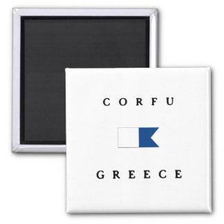 Bandera alfa de la zambullida de Corfú Grecia Imán Cuadrado