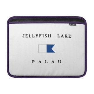 Bandera alfa de la zambullida de Palau del lago Funda Para Macbook Air