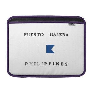 Bandera alfa de la zambullida de Puerto Galera Fundas MacBook