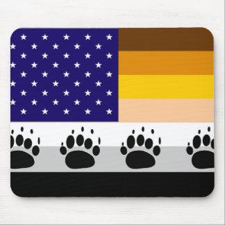 Bandera americana 2 del orgullo del oso tapete de raton