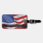 Bandera americana, agitando en viento etiquetas para maletas