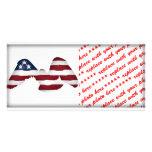 Bandera americana blanca y azul coa alas roja tarjeta fotográfica