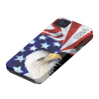 Bandera americana con Eagle calvo patriótico iPhone 4 Cobertura