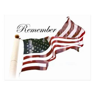 Bandera americana con las cruces - recuerde caido postales