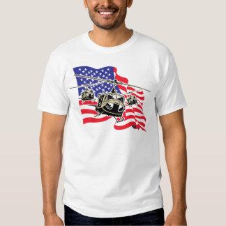 Bandera americana con los helicópteros camisas