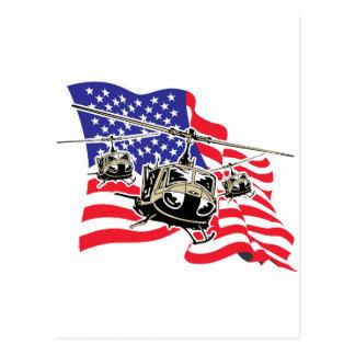 Bandera americana con los helicópteros postales