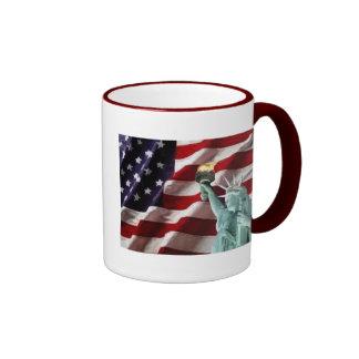Bandera americana con señora Liberty Tazas