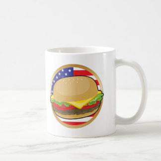 Bandera americana de la hamburguesa taza básica blanca