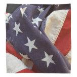 Bandera americana de la tela vieja
