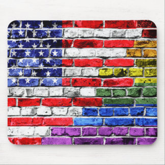 Bandera americana del arco iris alfombrillas de raton
