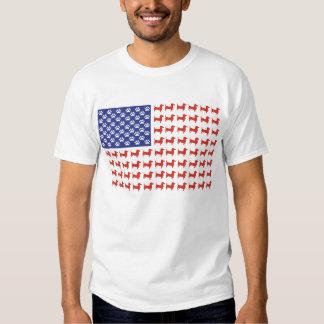 Bandera americana del Dachshund de los E.E.U.U. Playeras