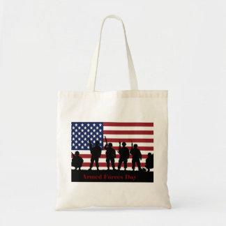 Bandera americana del día de fuerzas armadas de ar bolsa