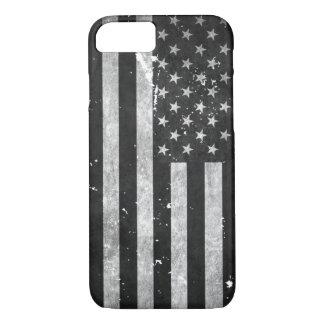 Bandera americana del Grunge blanco y negro Funda iPhone 7
