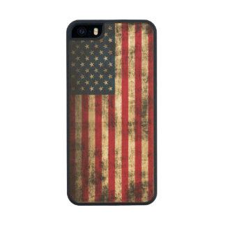 Bandera americana del Grunge del vintage Funda De Arce Carved® Para iPhone 5 Slim