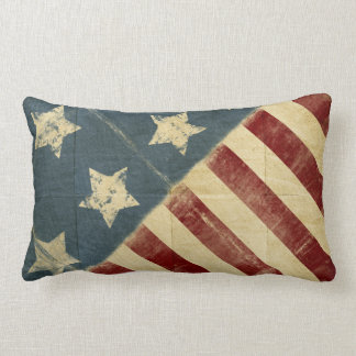 Bandera americana del vintage hecha en almohada de