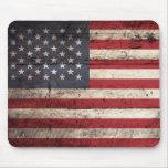 Bandera americana en grano de madera viejo tapete de ratones