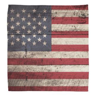 Bandera americana en grano de madera viejo bandanas
