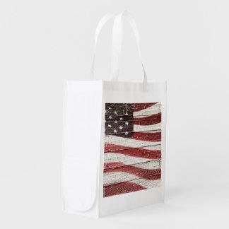 Bandera americana en la textura de madera bolsas reutilizables
