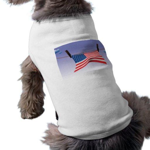 Bandera americana en línea de ropa ropa para mascota