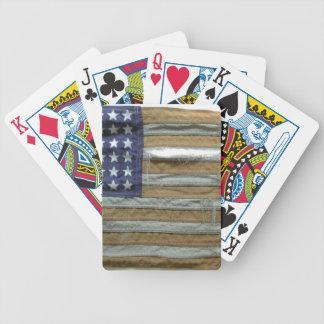 Bandera americana hecha andrajos baraja de cartas bicycle
