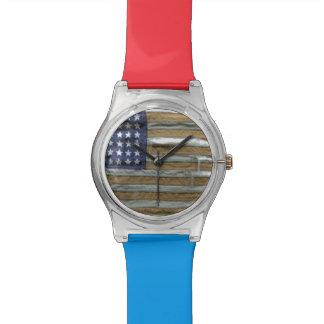 Bandera americana hecha andrajos relojes de mano