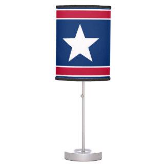Bandera americana inspirada lámpara de mesa