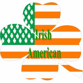 Bandera americana irlandesa en trébol de cuatro ho imán fotoescultura