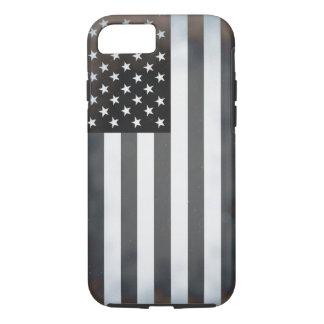 Bandera americana negra y blanca de los E.E.U.U. Funda iPhone 7
