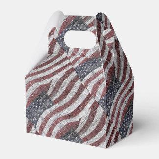 Bandera americana pintada en textura de la pared cajas para regalos