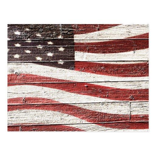 Bandera americana pintada en textura de madera postal