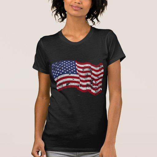 Bandera americana que agita - apenada camisetas