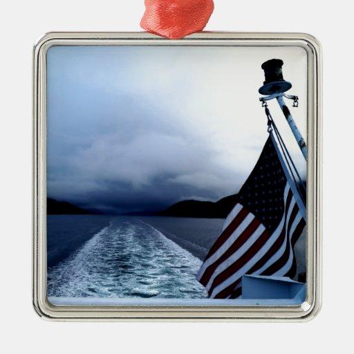Bandera americana que agita del barco Alaska Adorno Navideño Cuadrado De Metal