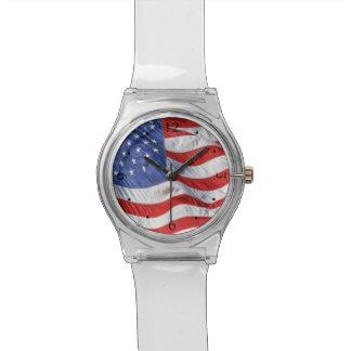 Bandera americana que agita patriótica relojes de mano