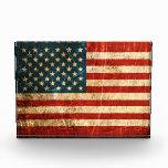 Bandera americana rasguñada y llevada del vintage