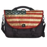 Bandera americana rasguñada y llevada del vintage bolsa de ordenador