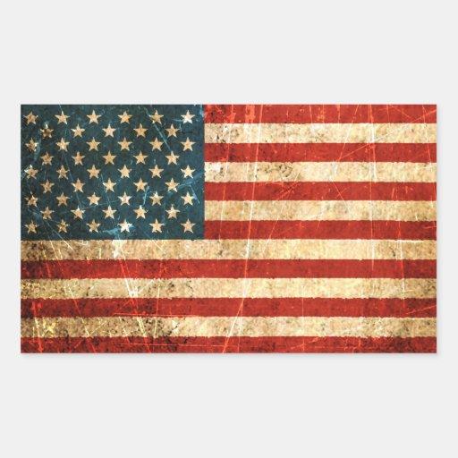 Bandera americana rasguñada y llevada del vintage rectangular pegatina