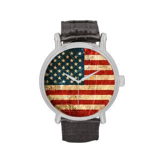 Bandera americana rasguñada y llevada del vintage reloj