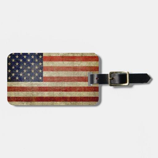 Bandera americana resistida, apenada etiquetas de equipaje