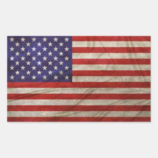 Bandera americana resistida pegatina rectangular