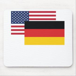 Bandera americana y alemana alfombrilla de ratón