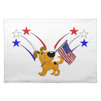 Bandera americana y fuegos artificiales mantel individual
