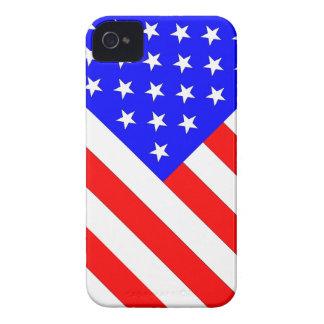 Bandera angulosa de las barras y estrellas iPhone 4 Case-Mate cárcasas