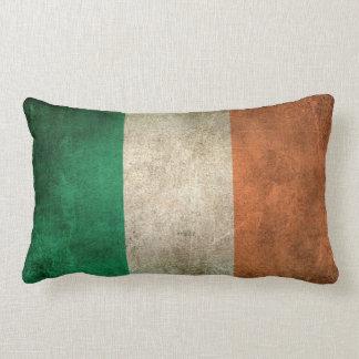 Bandera apenada vintage de Irlanda Cojín Lumbar