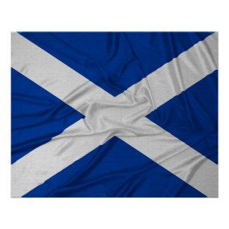 Bandera arrugada de Escocia Perfect Poster