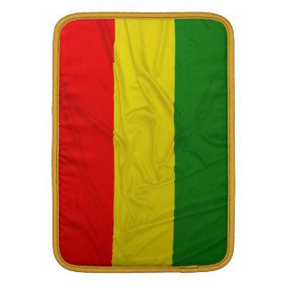 Bandera arrugada de Rastafarian Funda Para Macbook Air