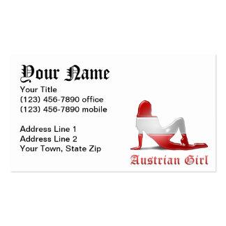 Bandera austríaca de la silueta del chica tarjetas de visita