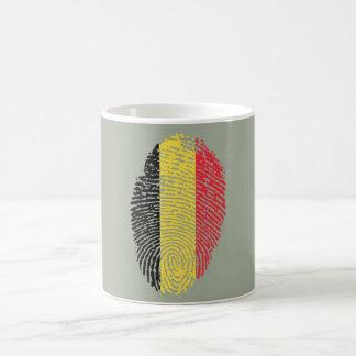Bandera belga de la huella dactilar del tacto taza de café